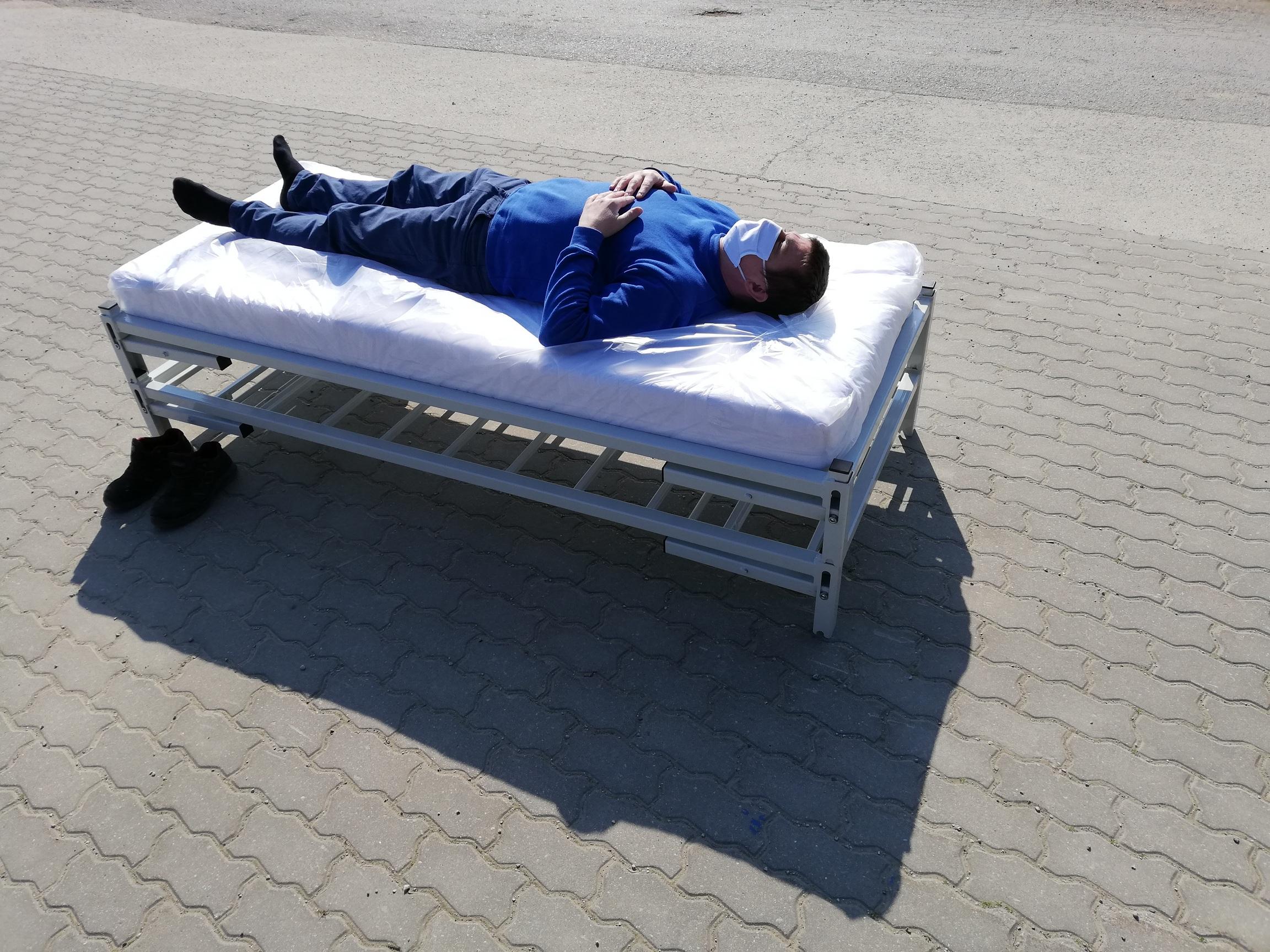 basic bed prototype-01-08-1
